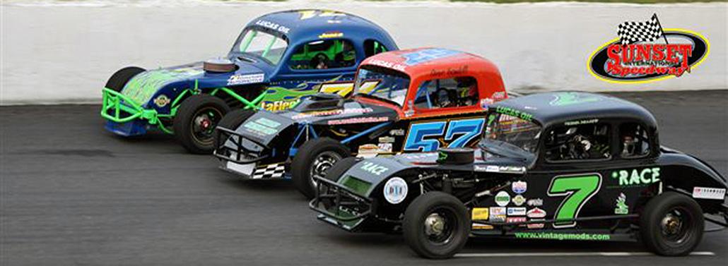 Midget racing slick